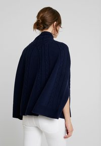Benetton - MIX CABLE PONCHO - Cape - navy - 2
