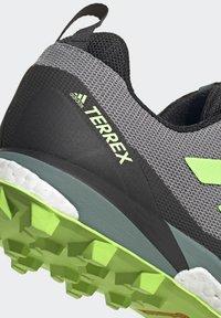 adidas Performance - TERREX SKYCHASER LT HIKING SHOES - Hiking shoes - grey - 9