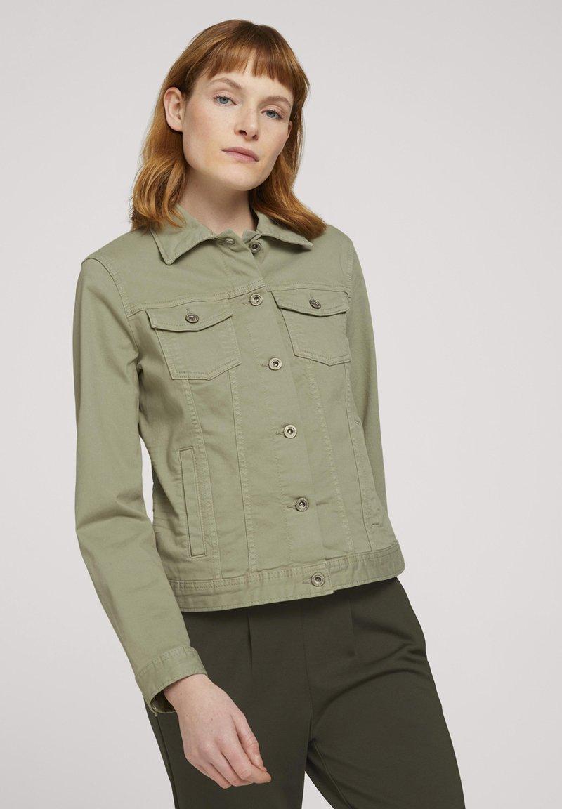 TOM TAILOR - MIT KNITTERDETAILS - Denim jacket - prairie grass green