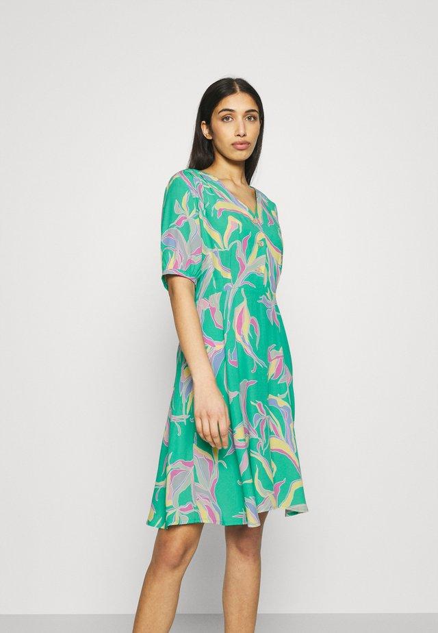 NUCARLY DRESS - Vapaa-ajan mekko - blarney