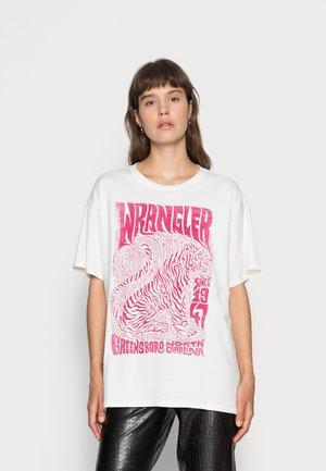 OVERSIZED TEE - Print T-shirt - wornwhite