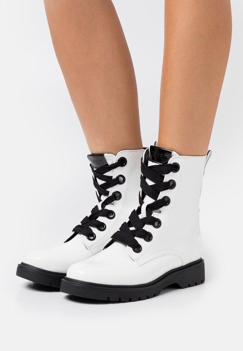 Esprit - PARIS BOOTI - Snørestøvletter - white