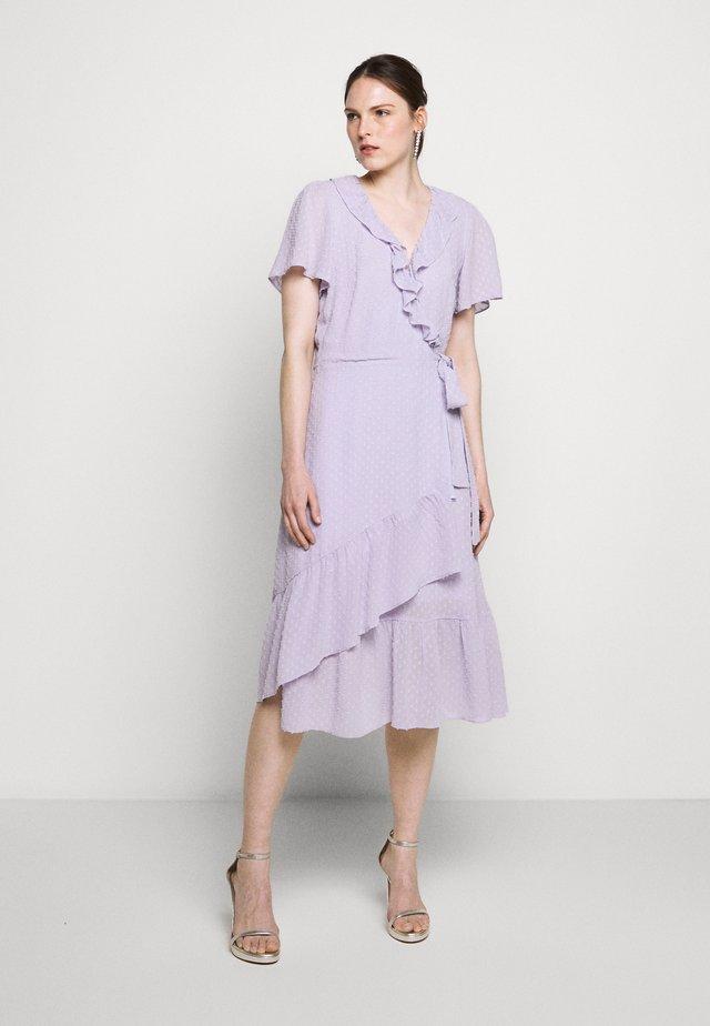 WRAP DRES - Hverdagskjoler - lavender mist