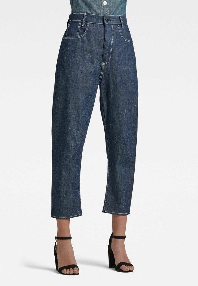 C-STAQ 3D BOYFRIEND CROP - Jeans Tapered Fit - raw denim