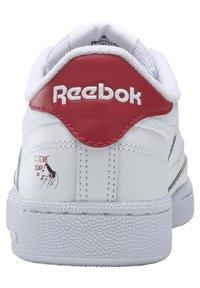 Reebok Classic - CLUB C 85 - Zapatillas - white/gold metallic - 2