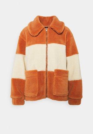 BAY - Winter jacket - sunburn