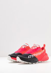Dynafit - ULTRA 100 - Scarpe da trail running - fluo pink/black - 2