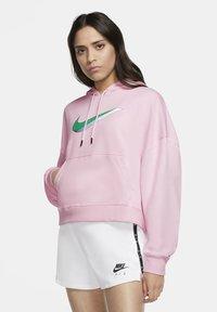 Nike Sportswear - HOODIE - Hoodie - pink foam - 0