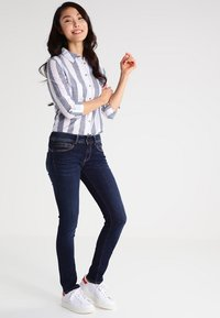 Pepe Jeans - NEW BROOKE - Jeans Slim Fit - h06 - 1