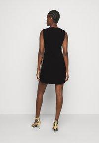 Versace Jeans Couture - LADY DRESS - Pouzdrové šaty - black - 4
