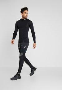 Nike Performance - RUN MOBILITY - Medias - black - 1