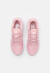 Nike Performance - AIR ZOOM STRUCTURE 23 - Stabilní běžecké boty - pink glaze/white/ocean cube - 3