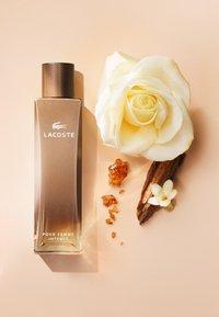 Lacoste Fragrances - POUR FEMME INTENSE EAU DE PARFUM - Eau de Parfum - - - 2