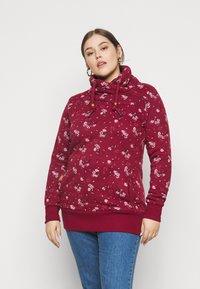 Ragwear Plus - NESKA FLOWERS - Hoodie - red - 0
