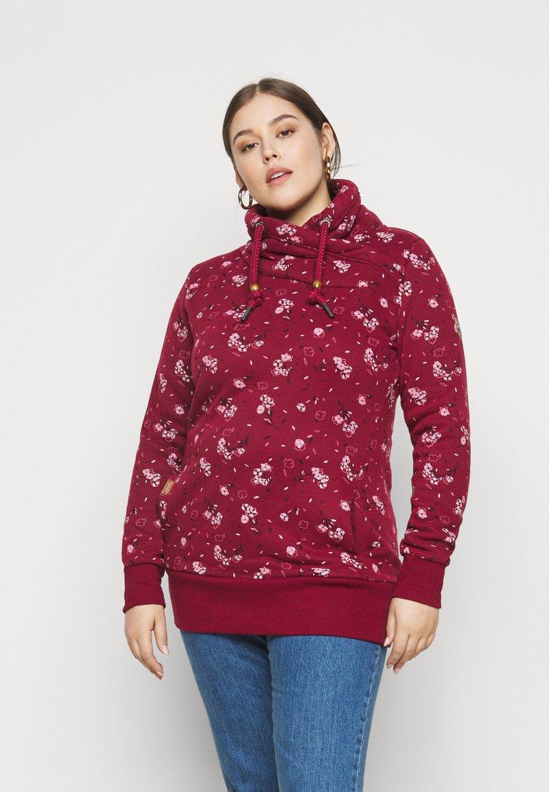 Ragwear Plus - NESKA FLOWERS - Hoodie - red