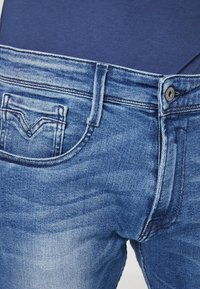 Replay - ANBASS - Jeans slim fit - medium blue - 3