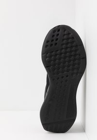 Reebok - LITE 2.0 - Chaussures de running compétition - black/true grey - 4