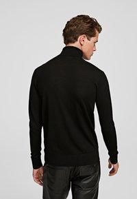 KARL LAGERFELD - Sweter - black - 2