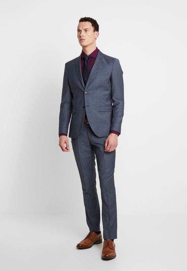 SLHSLIM MYLOBILL LT SUIT - Suit - light blue