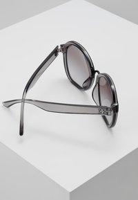 Tory Burch - Lunettes de soleil - transparent grey - 4