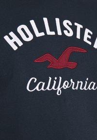 Hollister Co. - LOGO CREW - Sweatshirt - navy - 5
