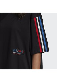 adidas Originals - Print T-shirt - black - 5