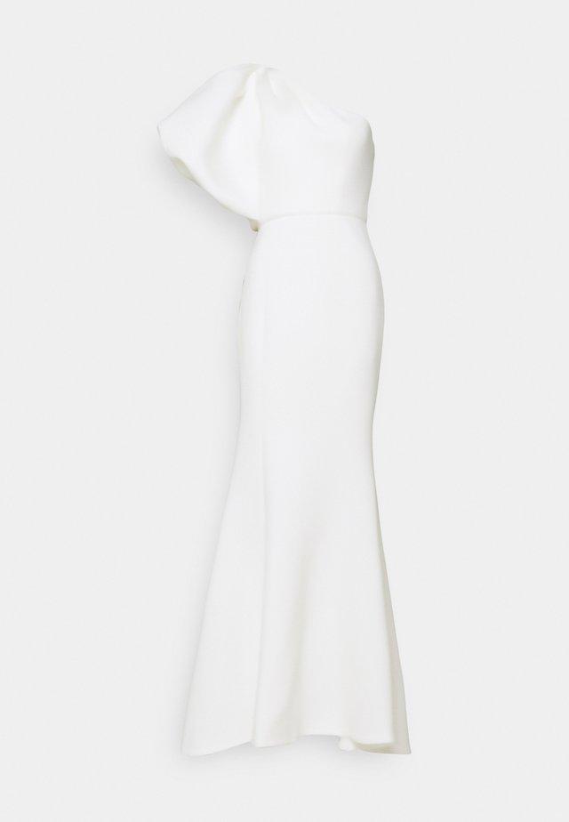 FRANCES - Společenské šaty - ivory