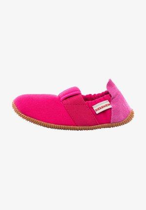 SÖLL - Slippers - red