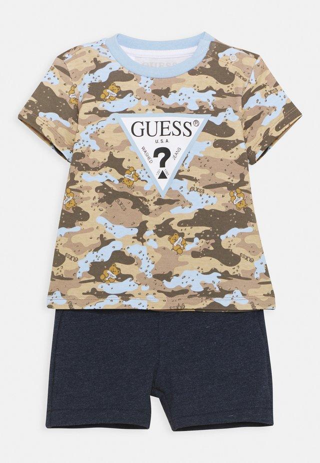 SET - T-shirt con stampa - blue