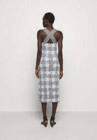 Proenza Schouler White Label - GINGHAM JACQUARD KNIT DRESS - Jumper dress - grey melange/sky - 2
