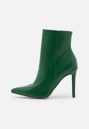ALYSE - Classic ankle boots - green