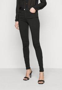 Vero Moda Tall - VMLUX SUPER - Slim fit jeans - black - 0