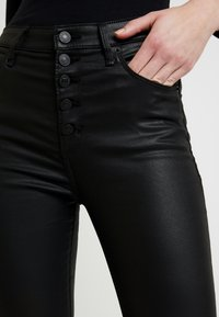 Abercrombie & Fitch - ANKLE - Trousers - black - 5