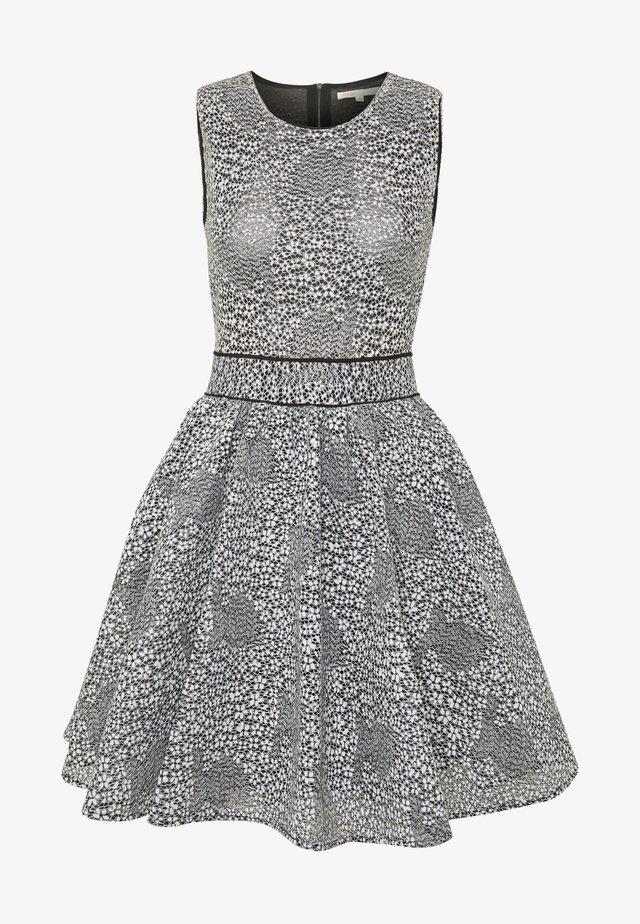 REINATTA - Day dress - gris