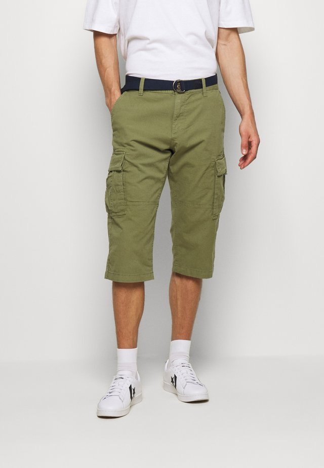 BERMUDA BELT - Shorts - army green