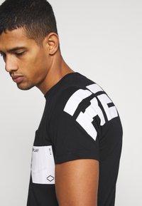 Replay - Print T-shirt - black - 3
