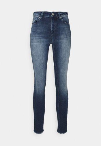 ONLBLUSH LIFE MID RAW - Jeans Skinny Fit - dark blue denim