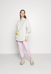 3.1 Phillip Lim - DRAWSTRING WITH FRONT PLEAT - Tracksuit bottoms - lavender - 1