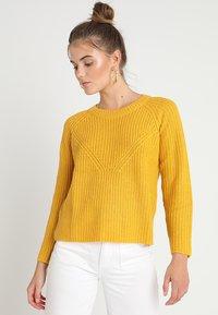 JDY - JUSTY 7/8 NOOS - Sweter - golden spice/melange - 0