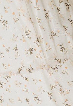 INDIVIA - Robe longue - pearl