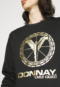 Carlo Colucci - DONNAY X CARLO COLUCCI - Sweatshirt - black/gold - 3