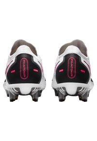 Nike Performance - PHANTOM GT ELITE FG - Chaussures de foot à crampons - weiss/pink (979) - 3