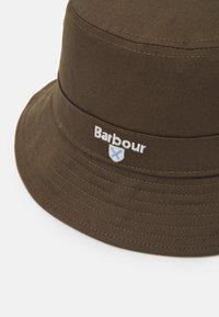 Barbour - CASCADE BUCKET HAT UNISEX - Hat - olive - 5