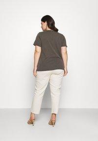 Zizzi - VLILY STRAIGHT TEE - Print T-shirt - dark grey - 2