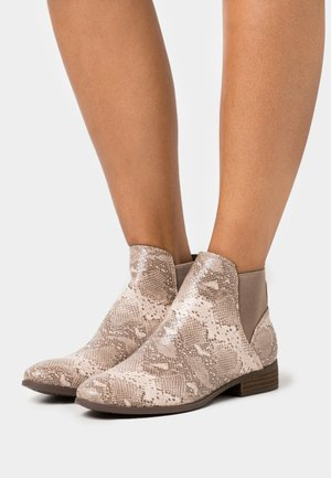 REINNS - Ankle boots - timber