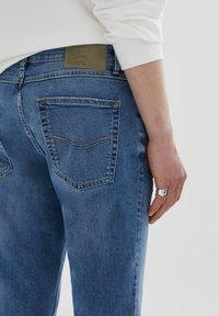 PULL&BEAR - Jeans Skinny Fit - stone blue denim - 4