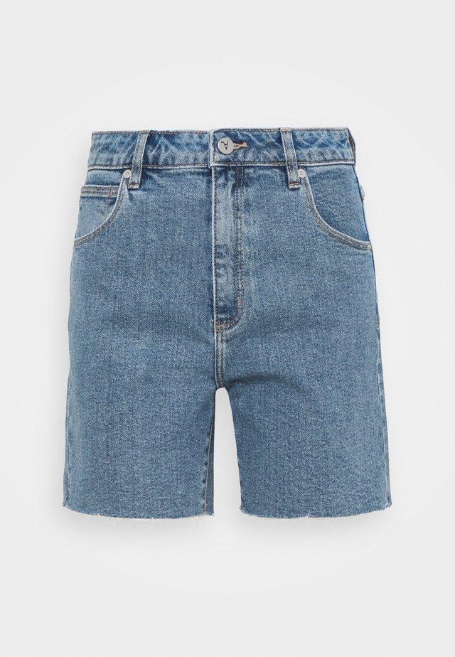 A CLAUDIA CUT OFF - Denim shorts - georgia