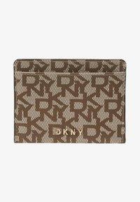 DKNY - BRYANT CARD HOLDER LOGO - Business card holder - chino/caramel - 1