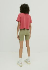 EDITED - LOUNA - Print T-shirt - beere - 2