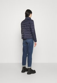 ONLY - ONLSANDIE QUILTED JACKET  - Lehká bunda - night sky - 2